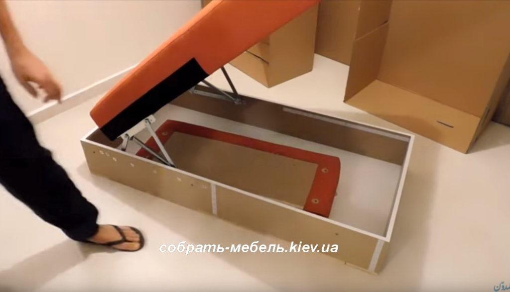 диван с раскладным механизмом