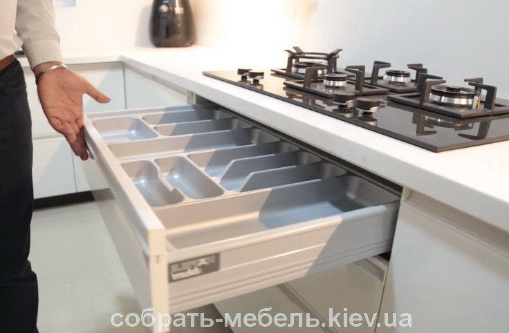 сколько стоит собрать кухню на заказ в Киеве